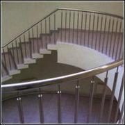 Ограждения лестниц из нержавеющей стали ,  ограждения пандусов из нержа